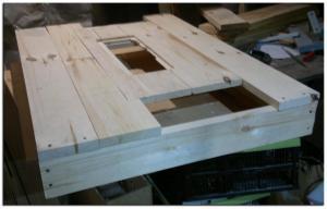 Столешница пильного стола в процессе изготовления