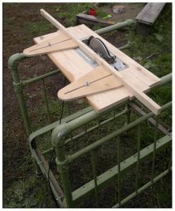 Съёмная часть пильного стола с циркулярной пилой