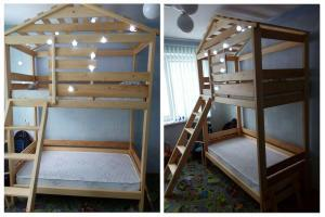 Детская двухярусная кровать-домик