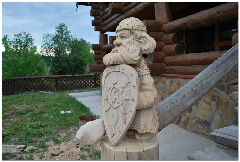 Резьба по дереву. Уличные скульптуры (13)