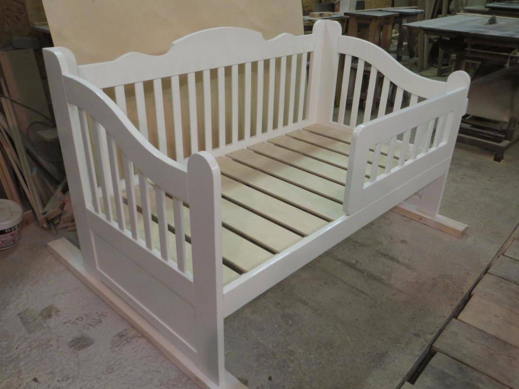 Детская кроватка для девочки Фото (1)