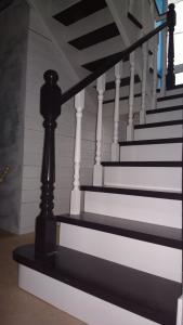 Лестница из дерева Фото (2)