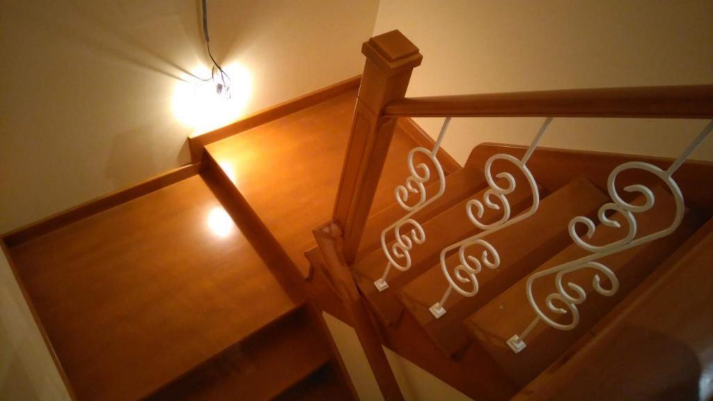 Лестница из дерева Фото (4)