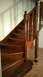 Лестница из дерева Фото (6)
