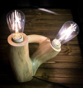 Настольный деревянный светильник Фото (6)