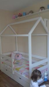Детская кровать домик (1)