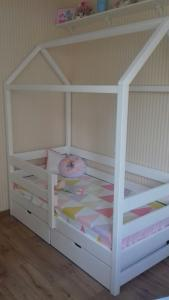 Детская кровать домик (2)