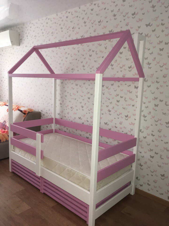 Детская кроватка-избушка в два цвета (1)