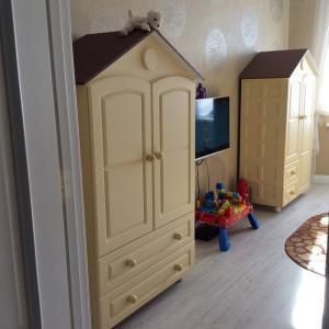 Детский шкаф (2)