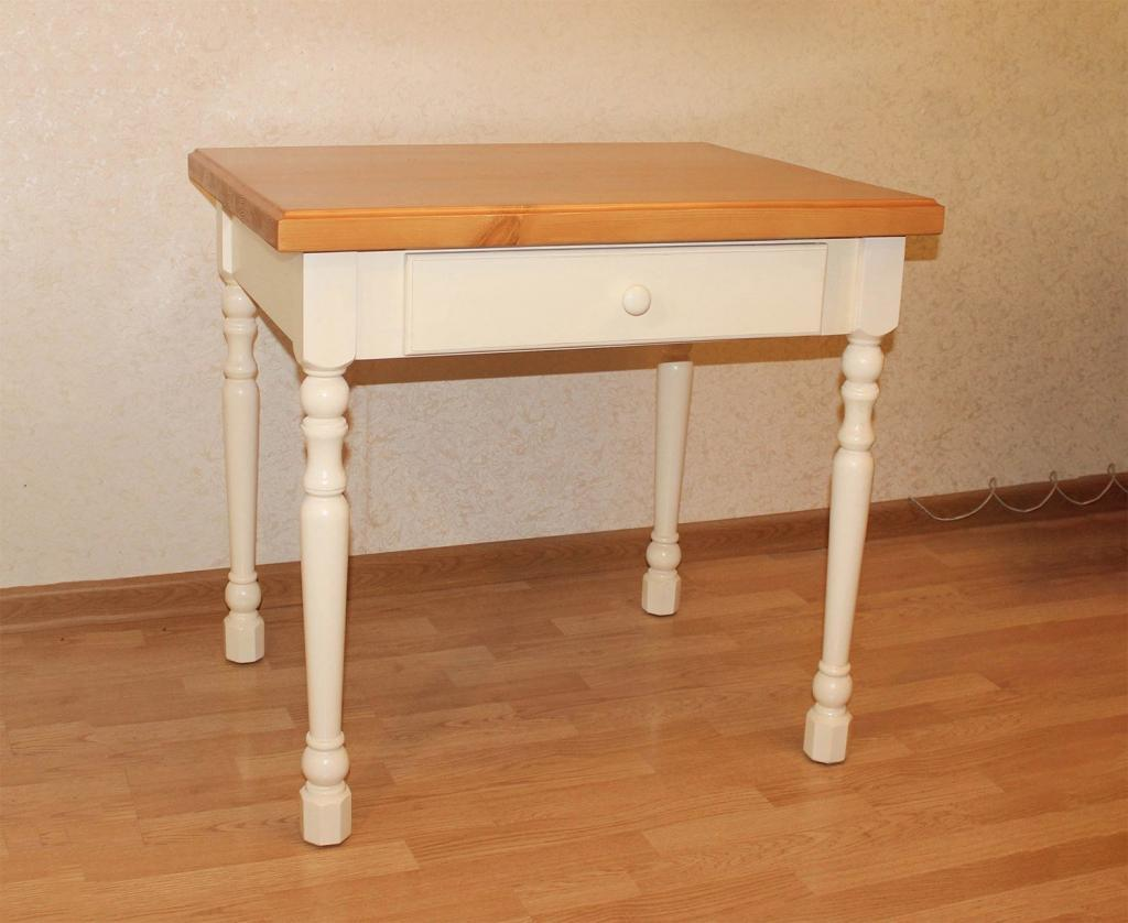 Обеденный стол в стиле Прованс