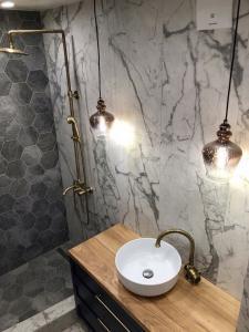 Столешница в ванную комнату (2)
