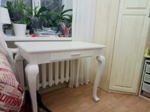 Столик на ножках кабриоль (4)