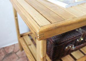 Журнальный столик из массива сосны (2)
