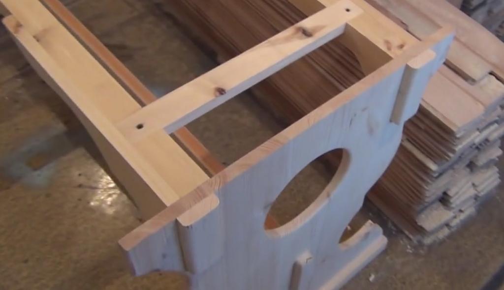 Подстолье из дерева для стола своими руками