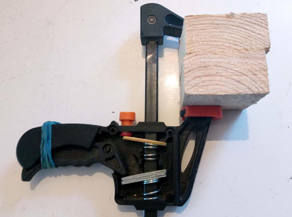 Дешевые быстрозажимные струбцины. Увеличиваем мощность в 3 раза. Фото (3)