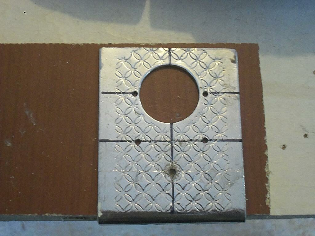 Самодельный шаблон для врезки мебельных петель. Фото (12)