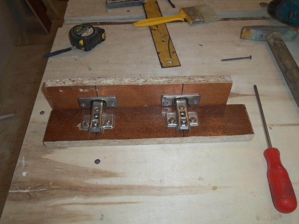 Самодельный шаблон для врезки мебельных петель. Фото (15)