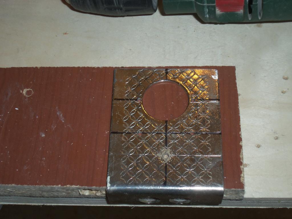 Самодельный шаблон для врезки мебельных петель. Фото (6)