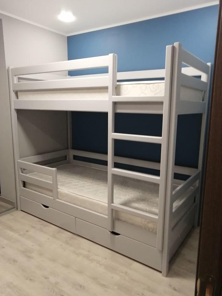 Детская двухъярусная кроватка. Вид справа