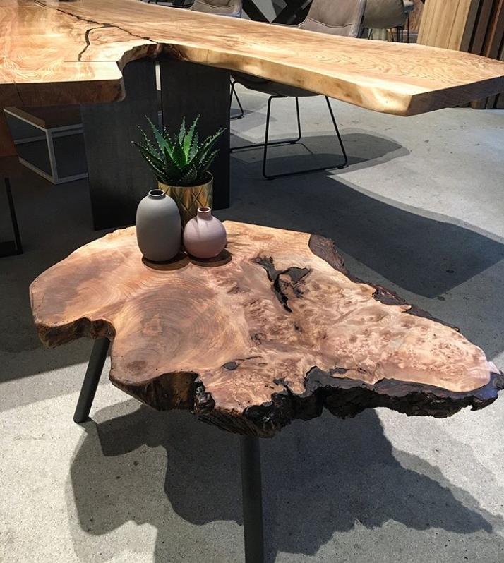 Столик из среза свиля