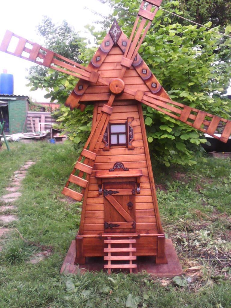 Декоративная мельница из дерева (1)