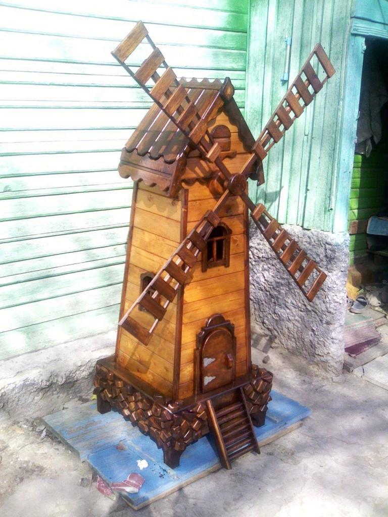 Декоративная мельница из дерева (3)