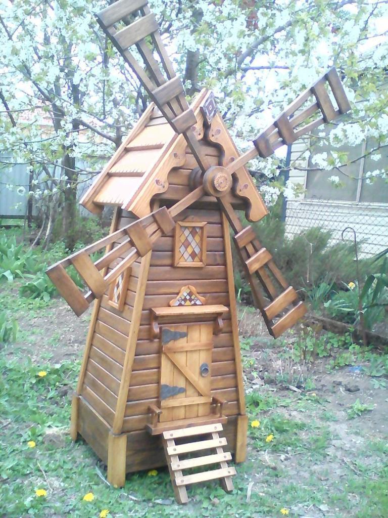 Декоративная мельница из дерева (4)
