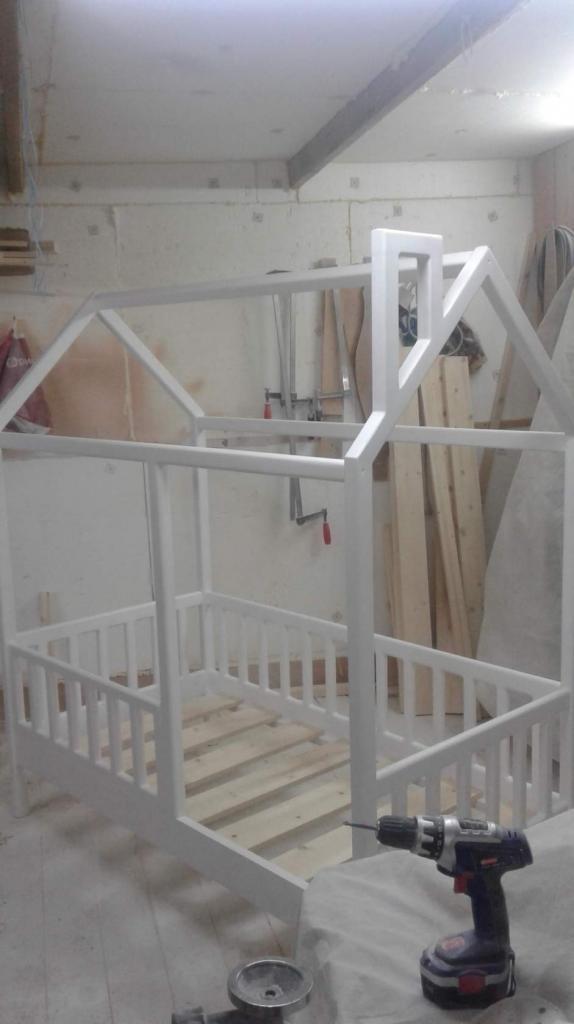 Процесс работы над кроватками-домиками. Фото (1)