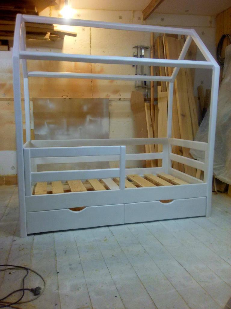 Процесс работы над кроватками-домиками. Фото (2)