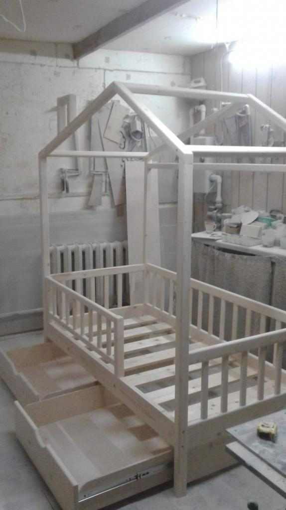 Процесс работы над кроватками-домиками. Фото (6)