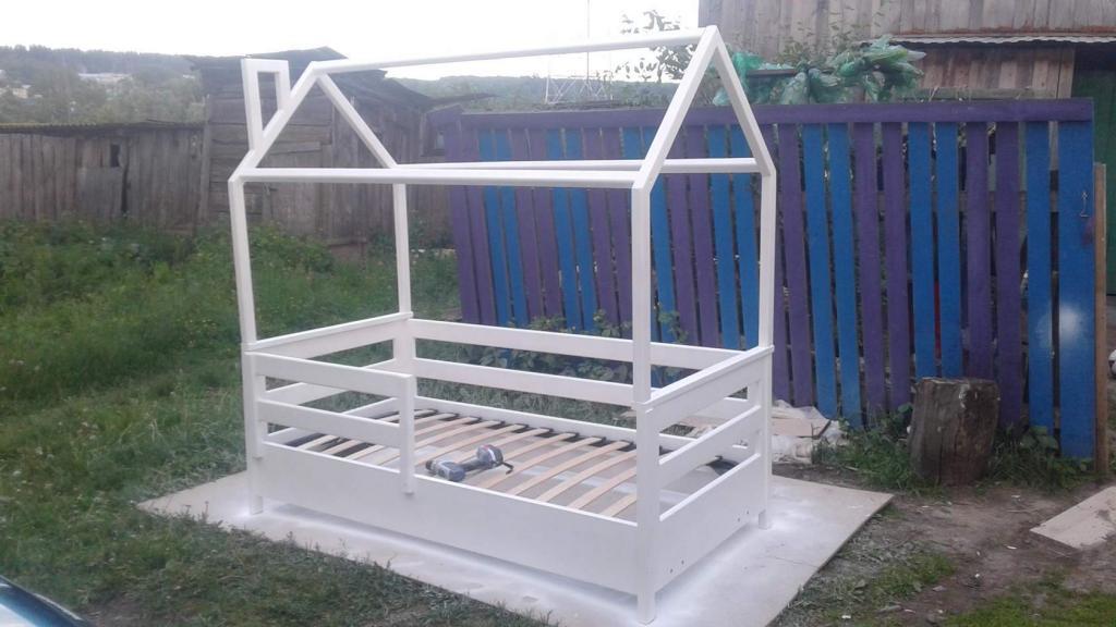 Процесс работы над кроватками-домиками. Фото (7)