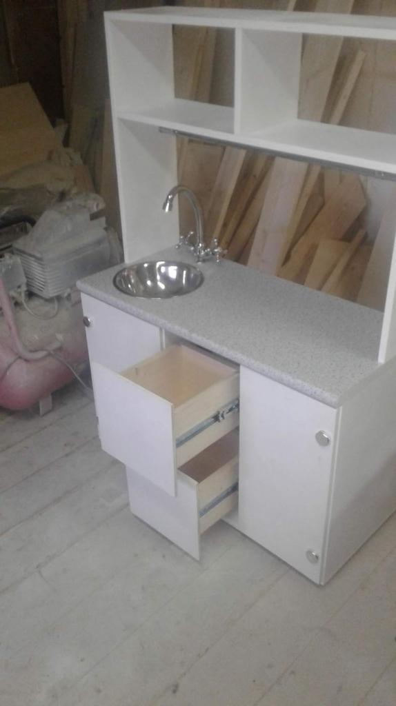 Кухонный шкаф с мойкой (2)
