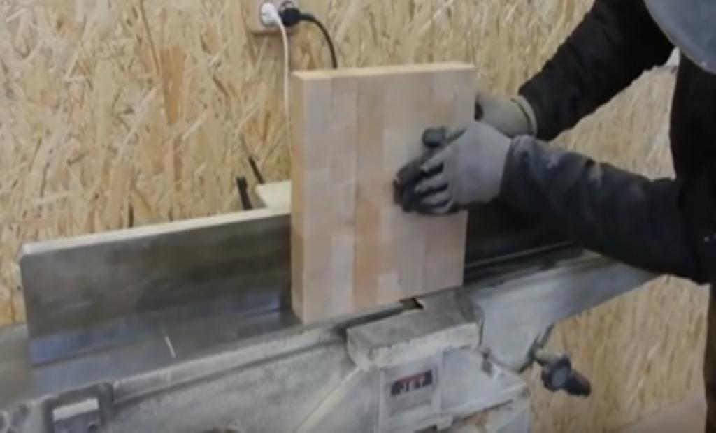 Обработка заготовки сиденья на станке