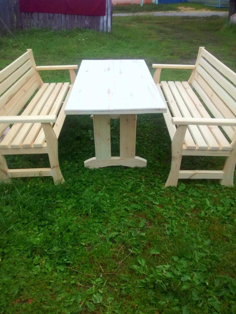 Стол с лавками (1)
