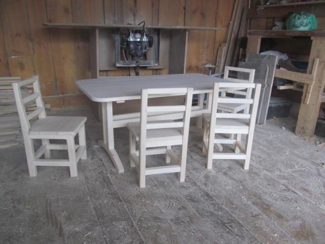 Столовый гарнитур из дерева (2)
