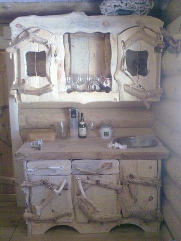 Буфет под старину. Фото (1)