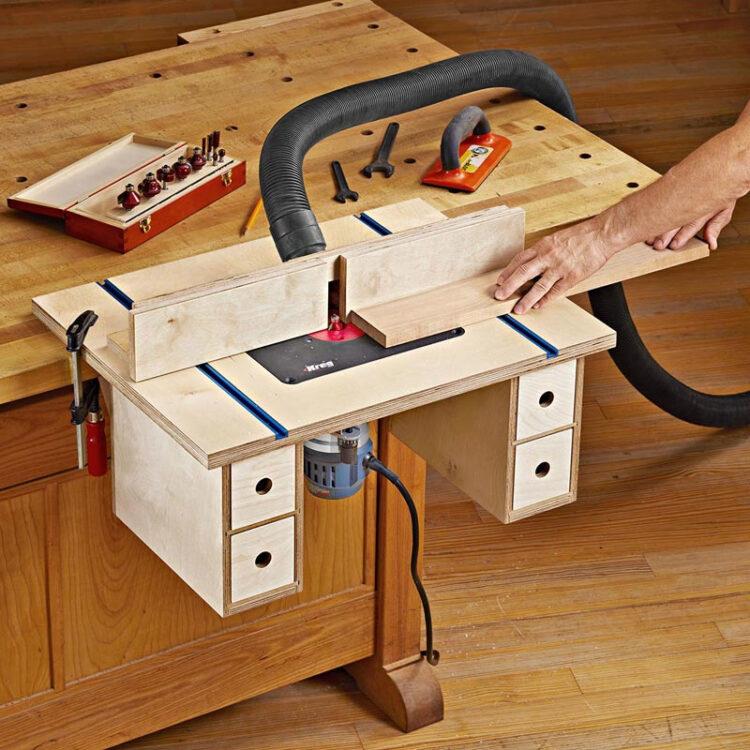 Фрезерный стол с креплением к верстаку