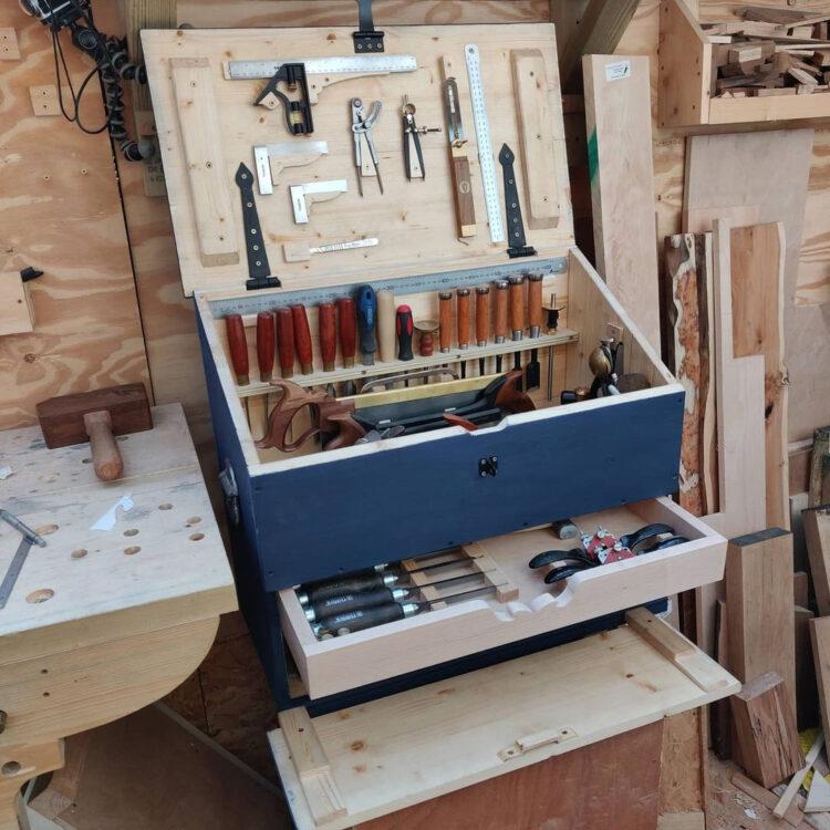 Голландский ящик с инструментами (1)